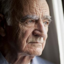 Magyarország átlagon alul teljesít az idősebb munkavállalók foglalkoztatásában