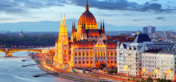 How.to.find.a.job.in.Hungary_600x280