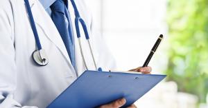 Brutális bérkülönbségek a hazai klinikai gyógyszeriparban