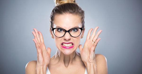 4 munkahelyi szabály, ami mindenkit az őrületbe kerget