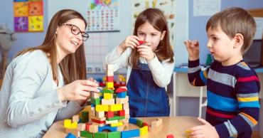 4 állás azok számára, akik gyerekekkel szeretnének foglalkozni