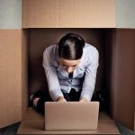 Introvertált kollégák? Így dolgozz velük hatékonyan!