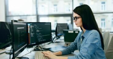 Informatikus szakma – több mint húszezer betöltetlen állás