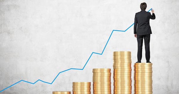 Idén is 10% felett lehet a bérek emelkedése