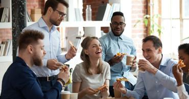 Közösségi percek a munkahelyen – Hogyan építheted a kapcsolataidat?