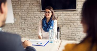 Kiválasztási folyamat 3. – Személyes interjú a munkaerő-közvetítő vagy fejvadász cégnél