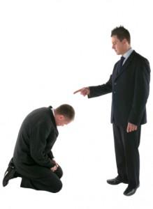 Tudni ell bírálni a kollégákat