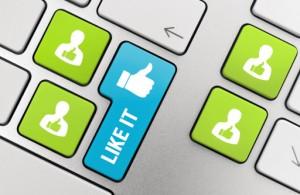 Mit néznek a munáltatók a facebookon