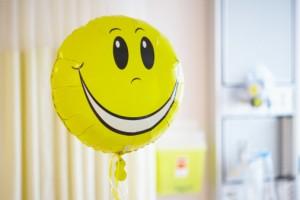 mosoly az interjún